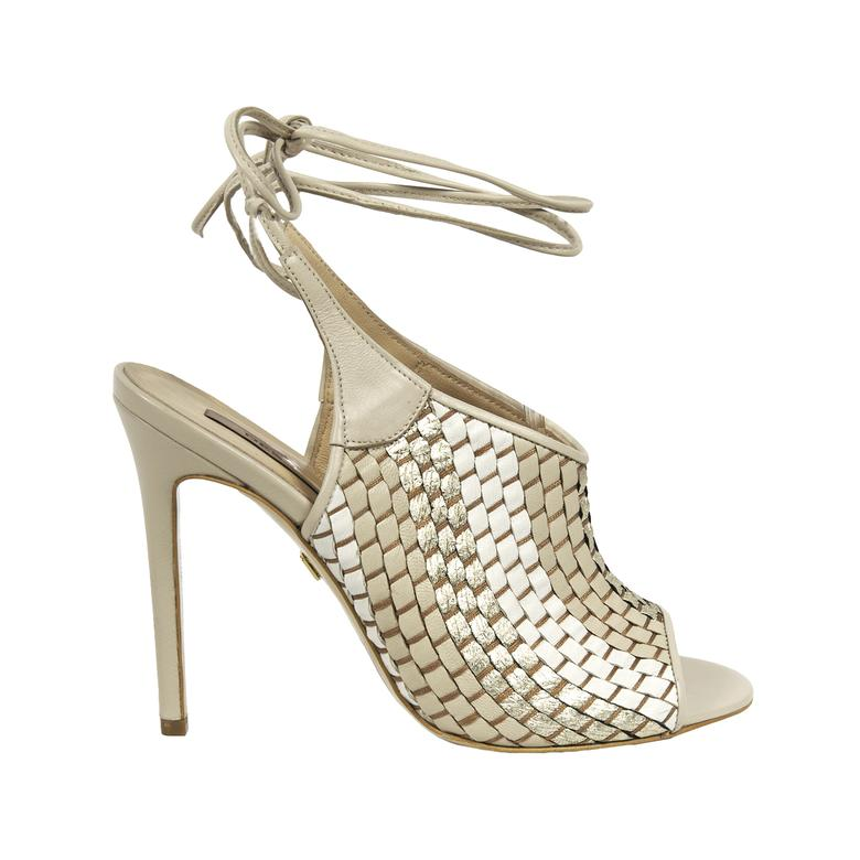 Örgülü Kadın Deri Sandalet