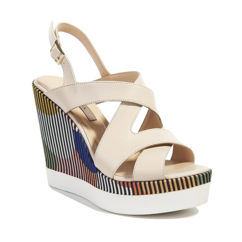 Clarisse Kadın Dolgu Topuk Sandalet 2010040790009