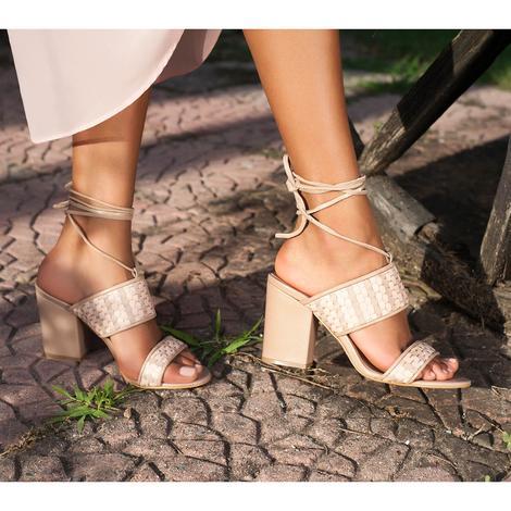 Kyoto Örgülü Kadın Deri Topuklu Sandalet 2010042892005