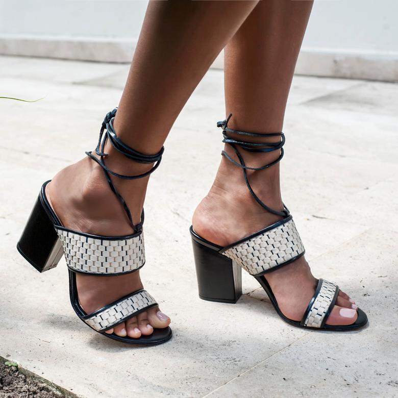 Kyoto Örgülü Kadın Deri Topuklu Sandalet 2010042892007
