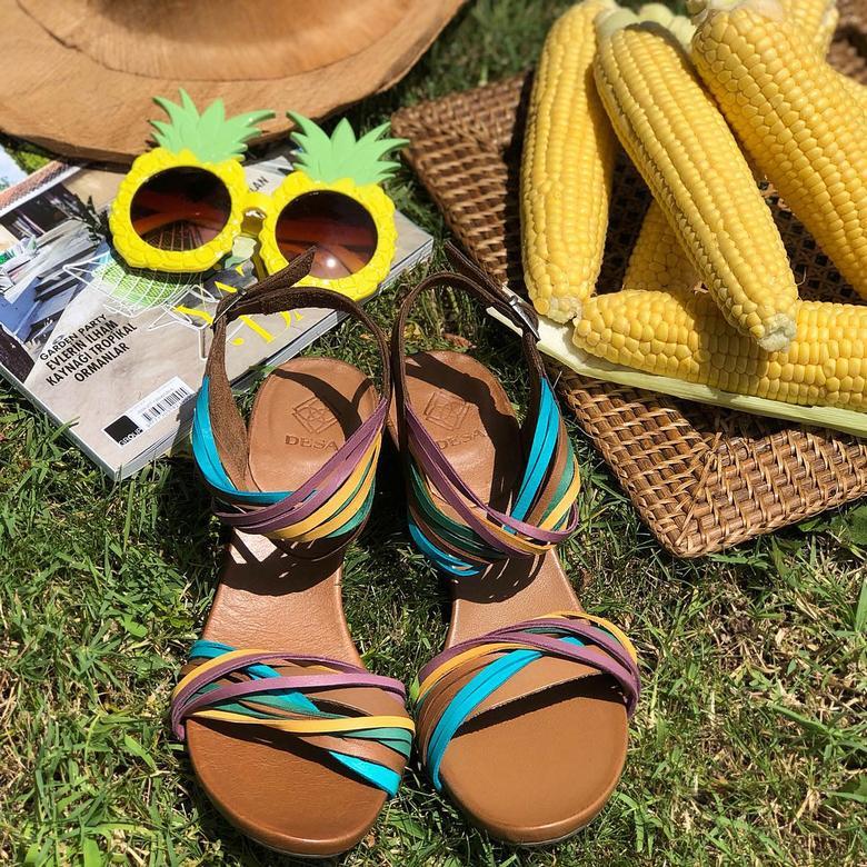 Araceli Kadın Dolgu Topuklu Deri Sandalet 2010043204006